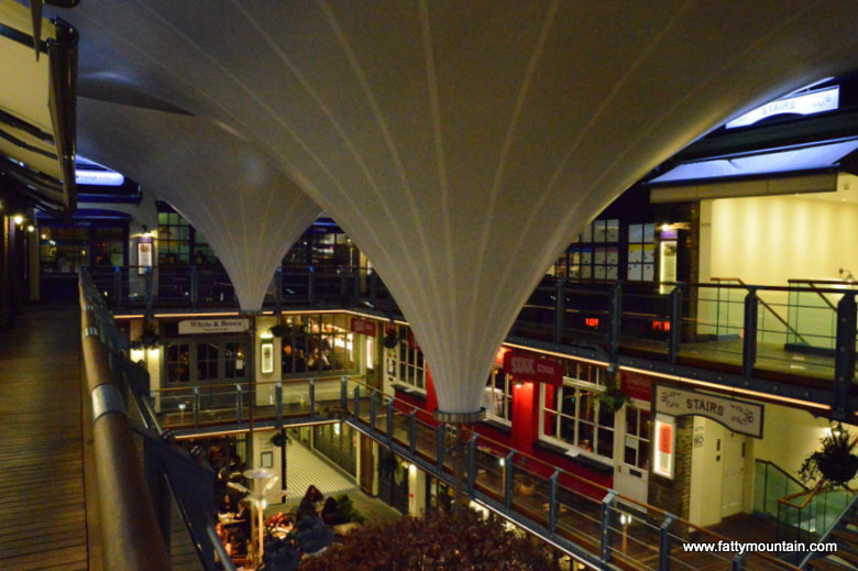 Outside in Kingly court